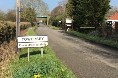 towersey-sign